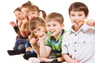 Babytandjes poetsen, doeltreffend tanden poetsen, slechte adem bij kinderen