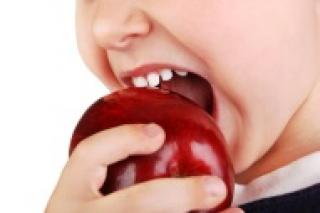 Tanden poetsen, mondwater voor kinderen